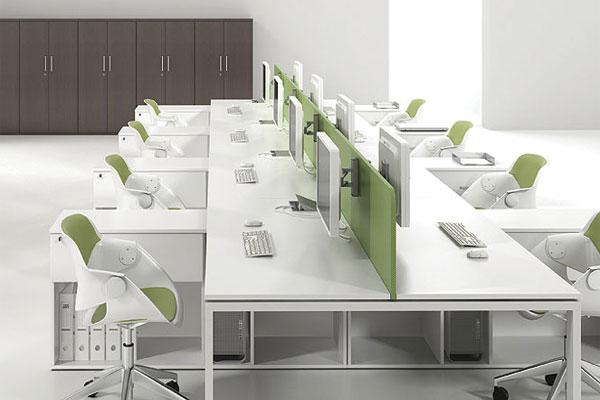 Mẫu bàn ghế làm việc hiện đại phù hợp với thiết kế văn phòng