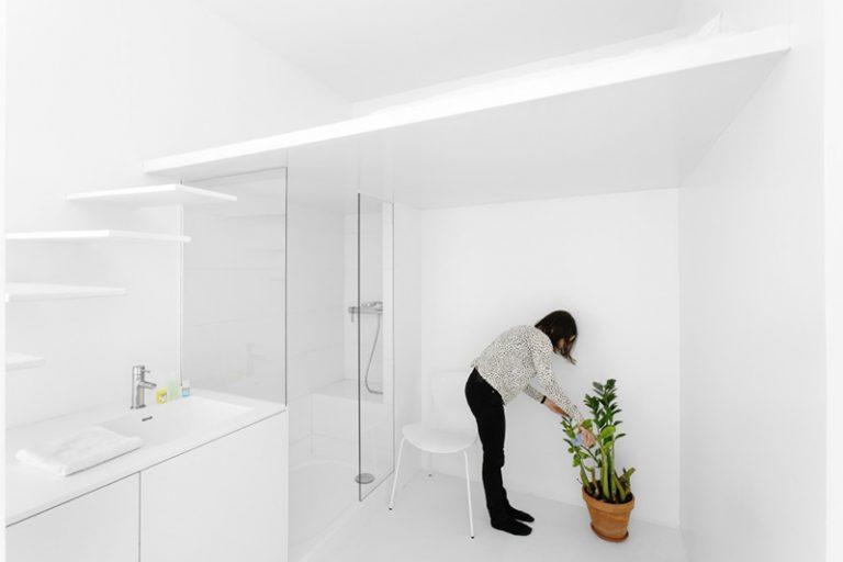 Thiết kế phòng tắm thông thoáng, lạ mắt