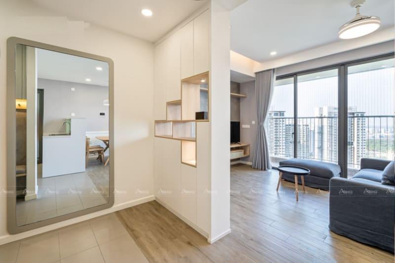 không gian giữa các phòng chính trong căn hộ được phân chia rất khoa học