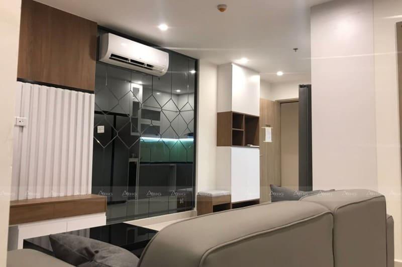 thiết kế phòng khách với những đường nét trang trí vuông vắn dứt khoát