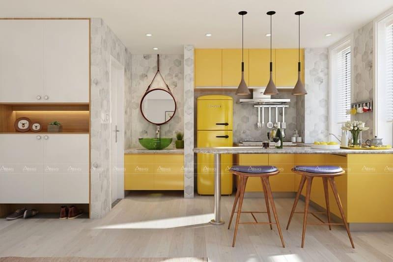 không gian bếp được trang trí bằng gam màu vàng tươi độc đáo