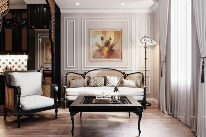 Bài trí phòng khách đơn giản với bàn ghế sofa và tách trà cổ xưa.