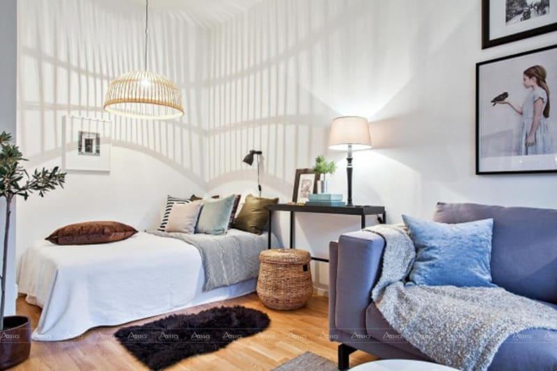 Tone trắng chủ đạo chính là lựa chọn hoàn hảo cho các căn hộ nhỏ, giúp cơi nới yếu tố thị giác .