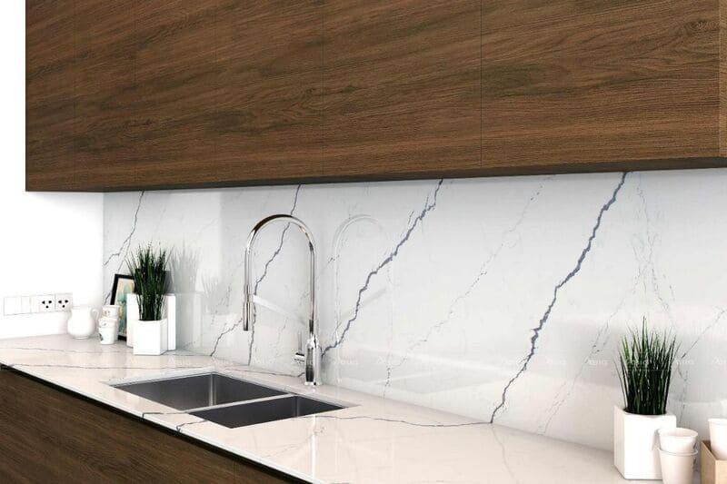 vật liệu đá hoa cương để ốp bếp sang trọng, vừa sạch sẽ vừa dễ lau chùi