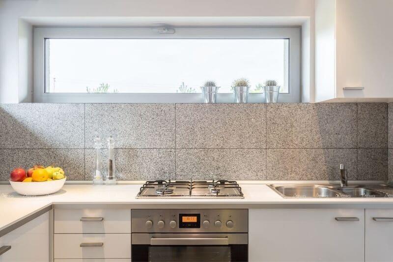 vị trí đặt chậu rửa bát trong thiết kế nội thất khu bếp chung cư